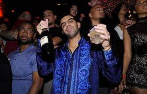 Drake with Martini Moscato D'Asti (Photo credit: David Becker/ Wire Image)